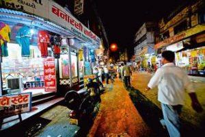 varanasi street shop