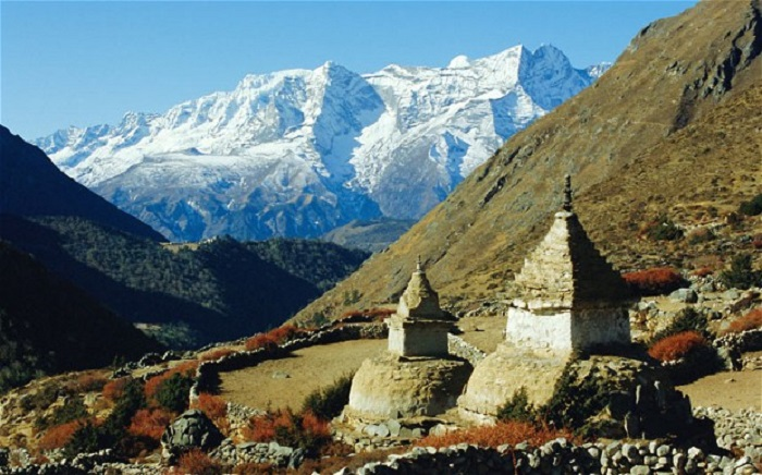 A-walk-in-the-Himalayas