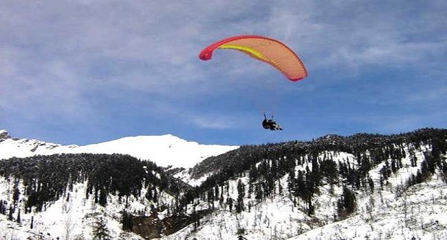 Solang Nala Paragliding