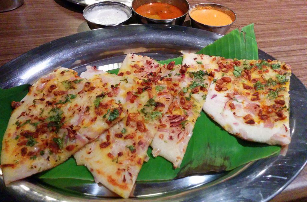 Onion Garlic Uttapam