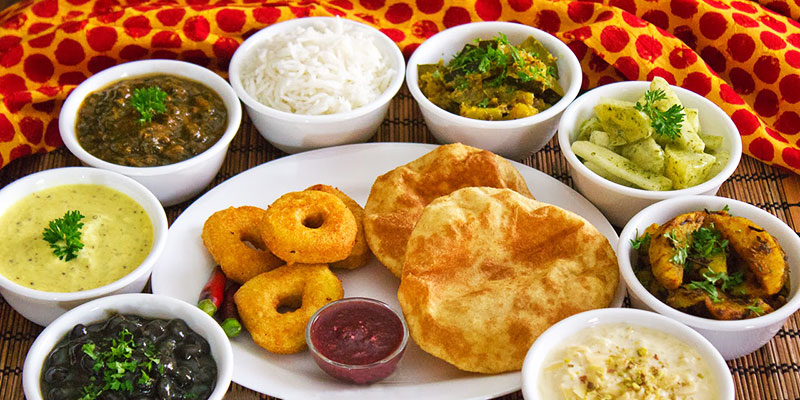 Top 10 cities of India that is famous for its food