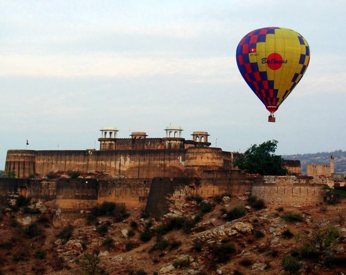 Hot Air ballon safari in Udaipur