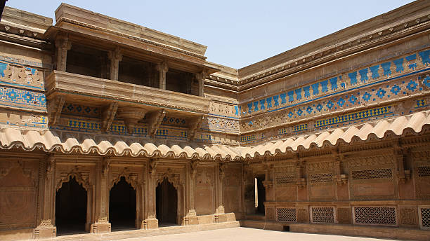 gwalior fort as a prison