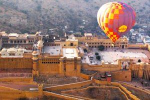 Hot air balloon safari in Jaipur