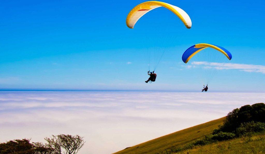 paragliding in Bedni Bugyal