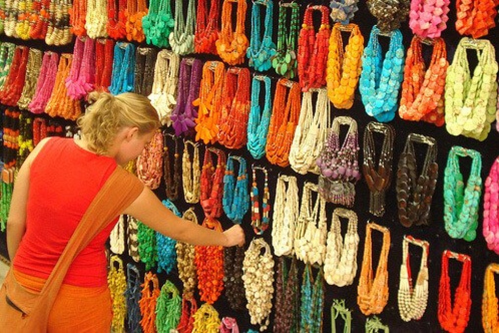 Image result for handicrafts foreigners shopping cute girl