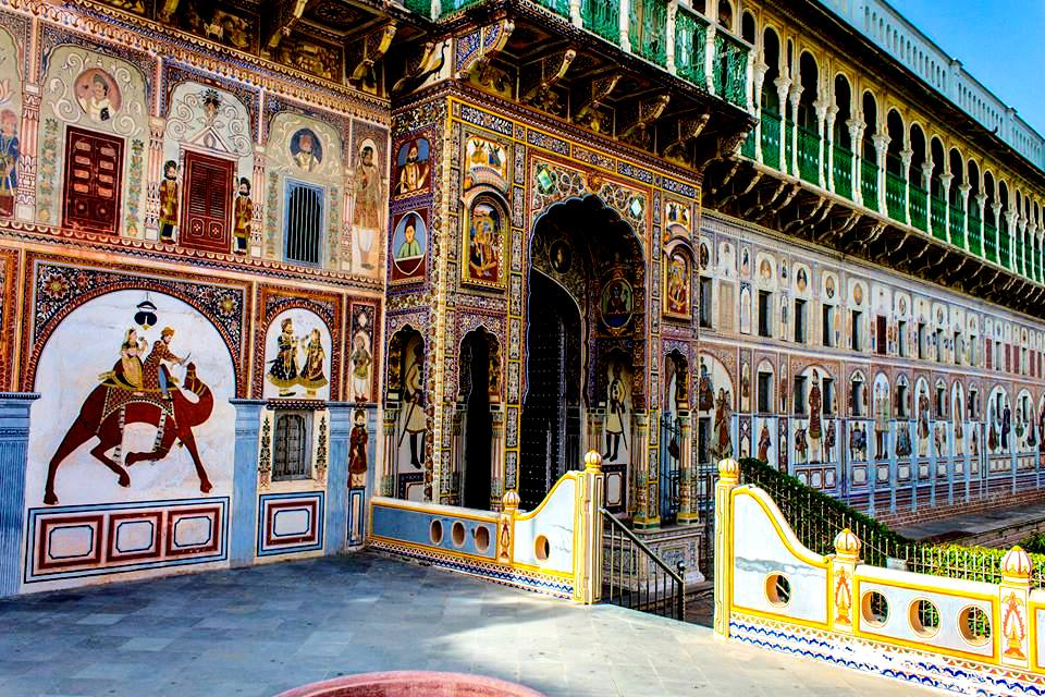 Spotting Mural Paintings Shekhawati