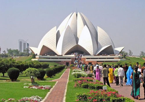Lotus Temple Delhi Tourism