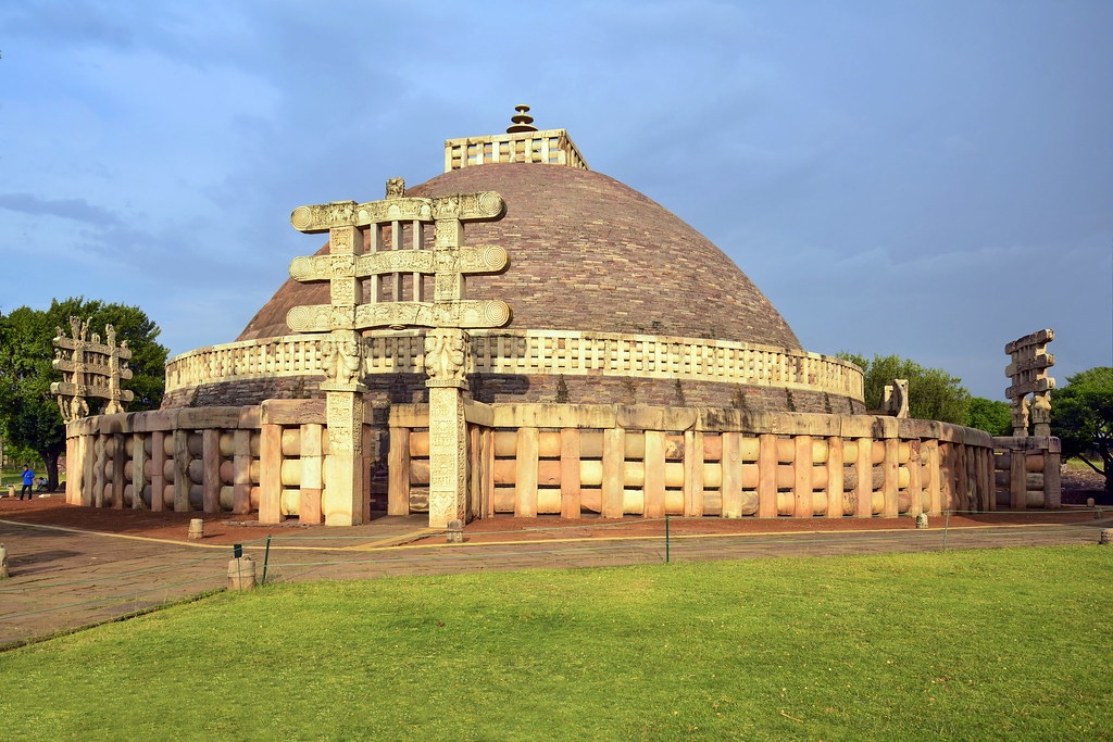 Travel Guide to Sanchi Stupa in Madhya Pradesh