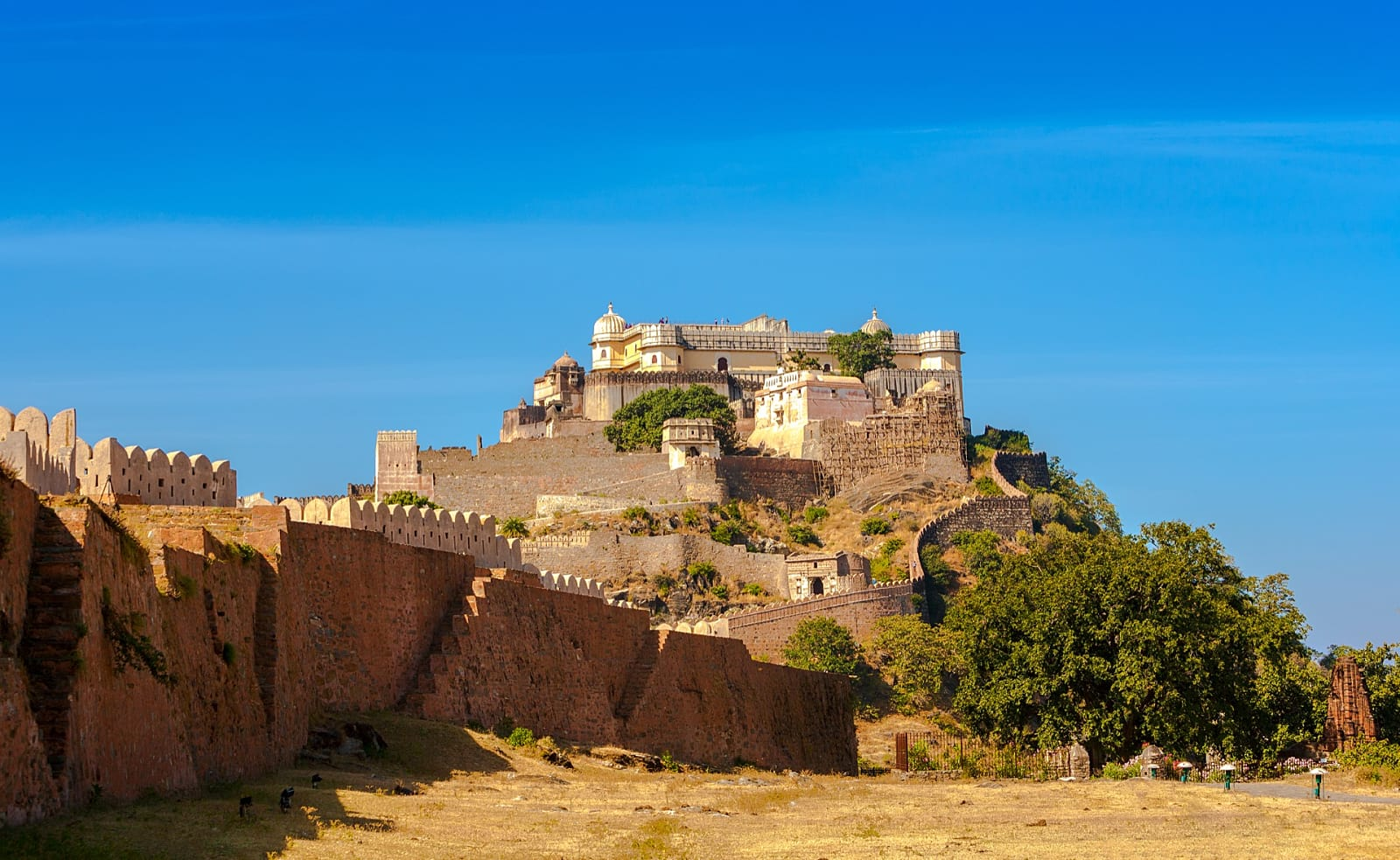 Travel Guide to Kumbhalgarh Fort - The Great Wall of India